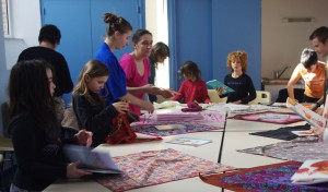 Atelier junior initiation et création de furoshiki à Issé